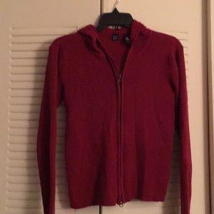Burgundy hooded lightweight sweater